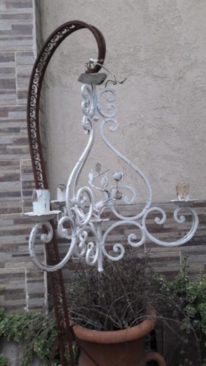 Antigua araña provenzal de hierro forjado