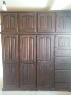 Placar de madera (ROPERO)