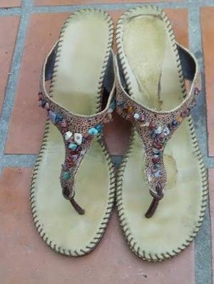 Sandalias modernas con taco chino talla 38, buen estado
