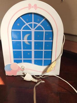 Vendo lámpara para pieza de bebe