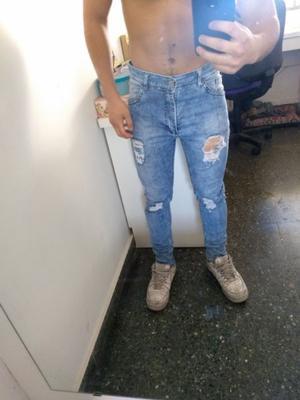 Vendo pantalón de jean chupin
