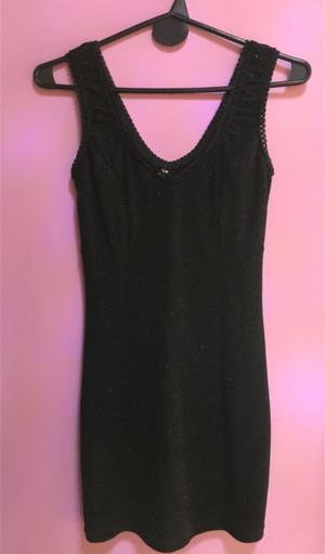 Vestido negro con brillos talle M POCO USO