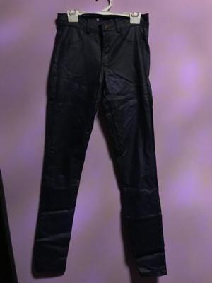 Pantalon engomado azul POCO USO