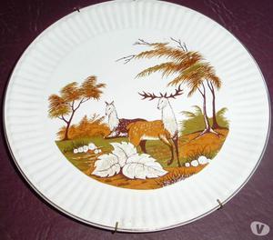 Plato de Porcelana Halifax Paisaje con Pareja de Ciervos
