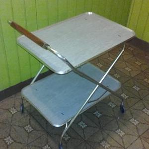 Mesa rodante para varios usos