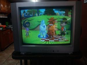 Vendo ya!! Tv 29 plg pantalla plana excelente estado se