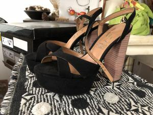 Zapatos sandalia negros con plataforma