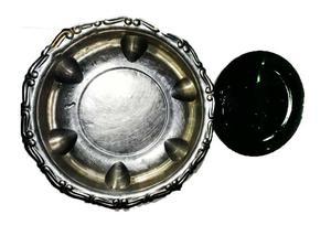 fuente de acero inoxidable con su platito idem