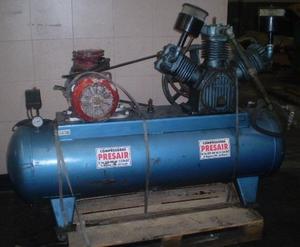 Compresor de aire de triple cabezal