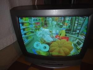 VENDO TV 20 MARCA HITACHI FUNCIONA PERFECTO CONTROL REMOTO