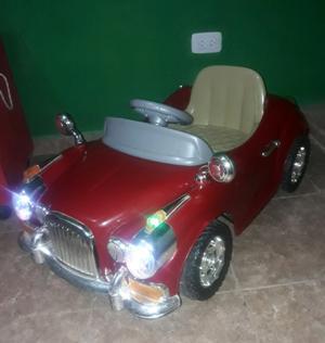 Vendo auto a bateria y control remoto