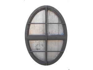 Antiguo ojo de buey de hierro con reja (71x105cm)