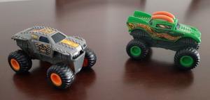 Autos Plastico Moviles Monster Truck Con Tracción