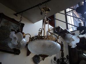 Bella lámpara colgante, araña. Antigua Saudade