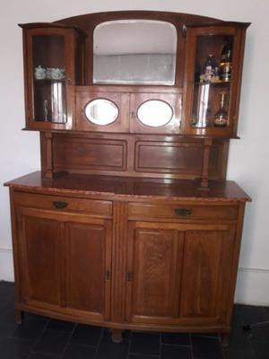 Mueble aparador antiguo - Cristalero - Cómoda