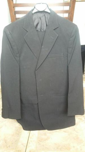 Traje hombre color negro saco y pantalon, MACOWENS, talle 44