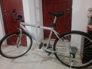 Vendo Bicicleta R26' exelente Estado casi sin uso!!