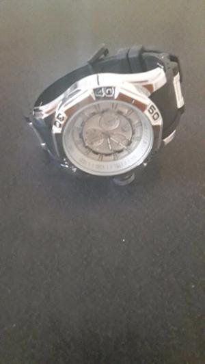 Vendo reloj esta como nuevo