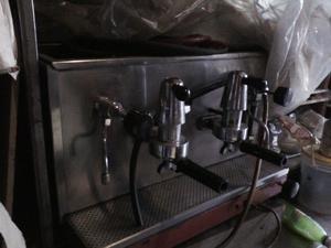 maquina de cafe veigal de 2 bocas