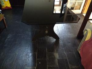 Mesa de madera con vidrio templado fume de 2 mts por 90cm