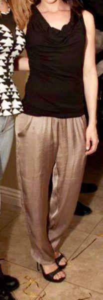 Pantalon marron Brilloso Cuesta Blanca talle 40