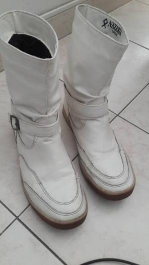 """Botas Nº 39 Nazaria blancas"""