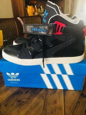 Botas Adidas como nuevas impecables usa 10 número