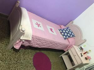 Vendo Juego de Dormitorio Nena Rosado