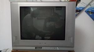 TV PHILCO 21 PULGADAS PANTALLA PLANA. MODELO