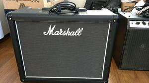 Amplificador valvular Marshall Haze 40