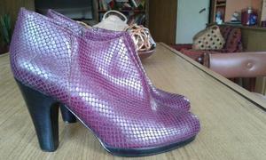 Botas PIGALLE excelentisimo estado!!! Color violeta Talle 38