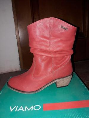 Botas rojas cortas
