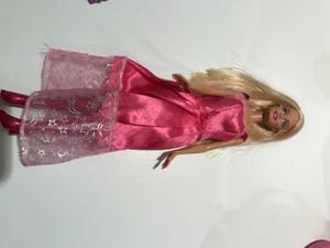 Muñeca Barbie original. Usada