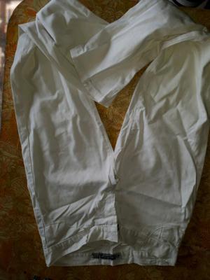 Pantalón de gabardina talle 42
