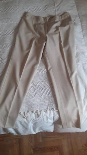 Pantalón de vestir T: 46 color beige