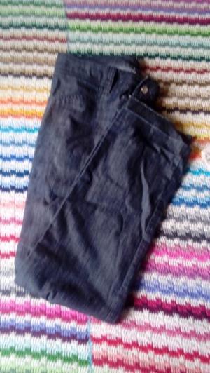 Vendo jeans a 150. Talle 36 wasapppp al