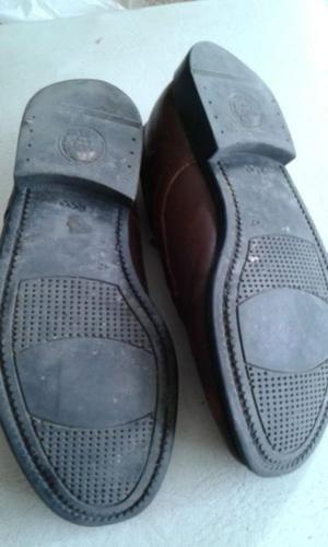 Zapatos cuero, hombre, marrones, talle 42.
