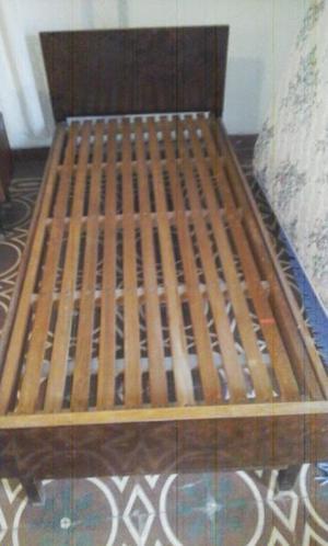 Cama de guatambú en perfecto estado