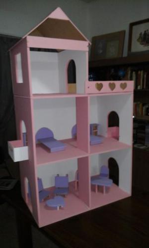 casita de muñecas con 10 muebles