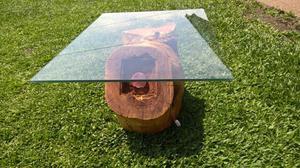 Mesa de madera con cristal, luces y piedras a medida modelo: