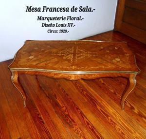 Antigua Mesa de Sala / Mobiliario Francés de .-