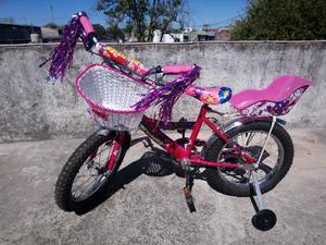 Vendo bicicleta de nena r16 casi nueva