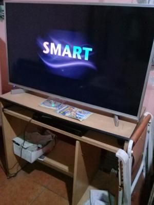 """Vendo o permuto smart tv admiral de 43"""" en muy buen estado"""