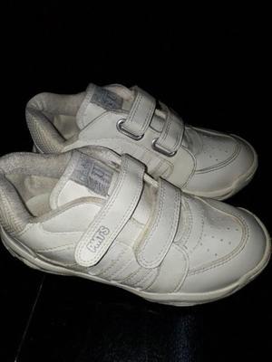Zapatillas N° 32 con abrojo