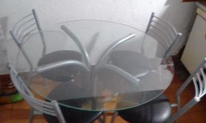 1 mesa redonda de vidrio