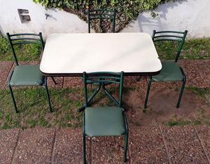 Mesa sillas organizadores comoda mesas de luz muebles varios