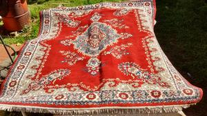 Vendo hermosa alfombra (usada)