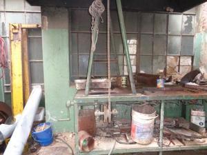 banco de trabajo quema motores/ calienta piezas