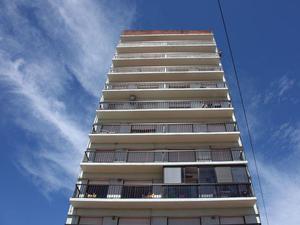 Departamento a Dos Cuadras del Mar con Balcón con Vista al