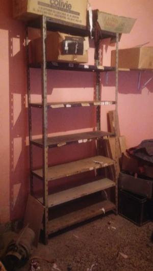 3 estanterias de metal